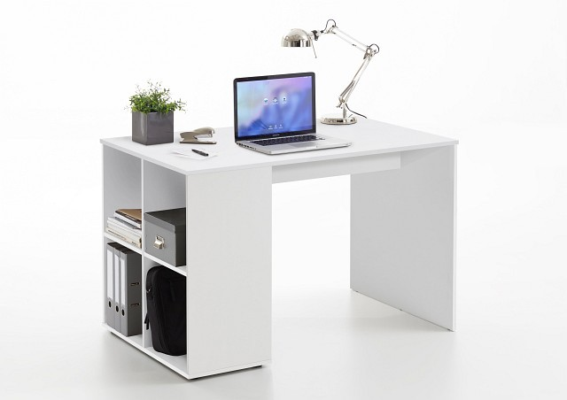 <p>Schreibtisch Wei&szlig; mit vier offenen Ablagef&auml;chern<br /> B/H/T: ca. 117x75x73 cm</p>