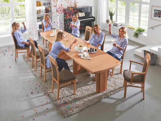 <p>Planbares Stuhl und Tischsystem.</p>