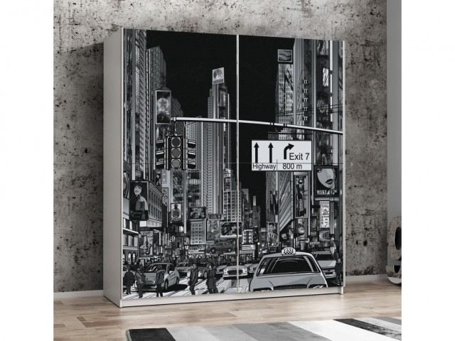 <p>Schwebet&uuml;renkleiderschrank Wei&szlig;/Front Motiv New York black/white, BHT 170x191x61cm</p>