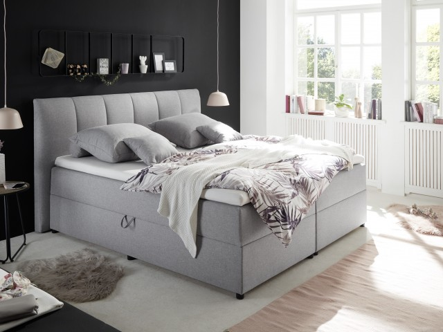 <p>Boxspringbett 180x200cm mit Bettkasten, 9-Zonen-Tonnentaschenfederkern-Matratze, Komfortschaumtopper.</p>