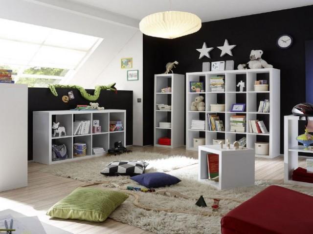 <p>Raumteiler in verschiedenen Gr&ouml;&szlig;en und Ausf&uuml;hrungen.</p>